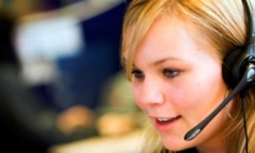 A woman working on a call centre